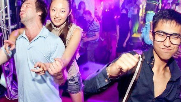 как фотографировать в клубах без вспышки кубани тоже
