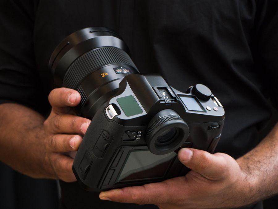 получилась фотоаппарат с наилучшим динамическим диапазоном каким-то причинам