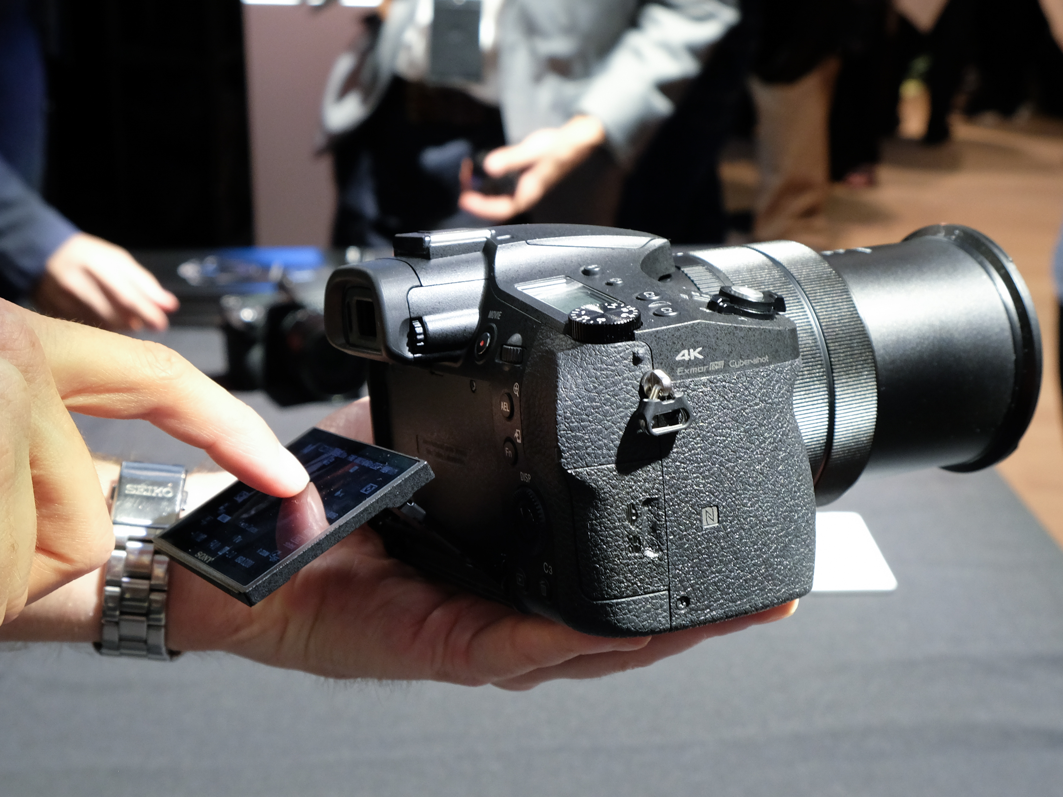 как наводить фокус на фотоаппарате